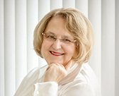 Dr. Jill Peláez Baumgaertner